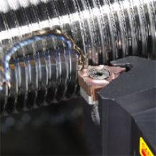 Нарезание резьбы на токарном станке различными инструментами