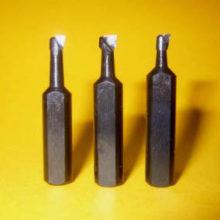 Разновидности токарных резцов для расточки отверстий